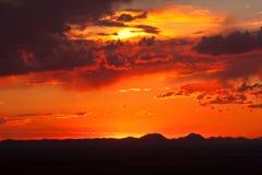 黄昏在沙漠1 库存图片