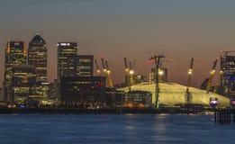 黄昏的千禧巨蛋,伦敦,英国 库存照片