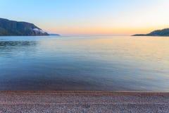 黄昏的苏必利尔湖 库存图片