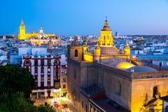 黄昏的西班牙塞维利亚大教堂 图库摄影