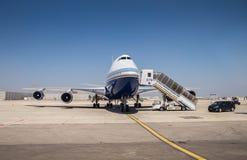 易反应的私人喷气式飞机, landet在本古理安国际机场 图库摄影