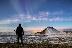 星和极光在Mt Keilir 免版税库存照片