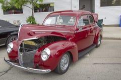 1940年水星小轿车侧视图 免版税库存图片