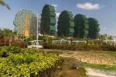 7星旅馆三亚` s秀丽冠在吉尼斯世界记录包括作为世界` s最大的旅馆 免版税库存图片