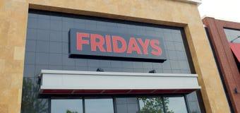 星期五的餐馆标志 免版税库存照片