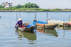 星期四好的妙语河,会安市,越南 免版税库存图片