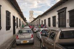 星期天交通在Giron哥伦比亚 免版税库存图片