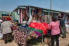 星期天市场在Bosteri 伊塞克湖 吉尔吉斯斯坦 库存图片