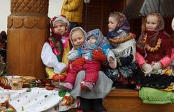 星期的庆祝薄煎饼(Maslenitsa)在Kolomenskoje公园 图库摄影