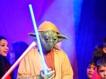 星球大战yoda万圣夜游行 库存图片