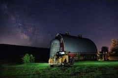 星足迹夜间在Palouse华盛顿下降了曝光 免版税库存图片