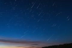 星跟踪天空空间 免版税图库摄影