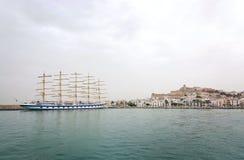 星飞剪机五被上船桅的船 免版税库存照片