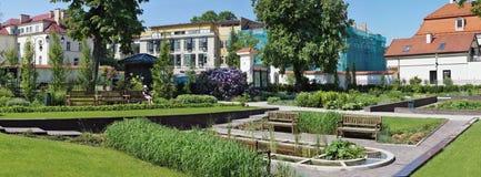 春天假日在Bernardinu公园 库存图片