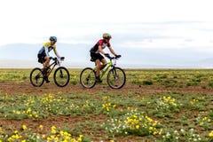 春天冒险登山车竞争 免版税库存图片