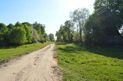 春天在白俄罗斯语村庄 春天 草 库存照片
