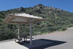 春天峡谷公园野餐站点 库存图片