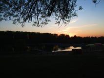 春天晚上在公园 库存图片