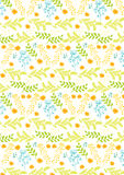 春天样式,与橙色花和与蓝色和绿色植物 免版税库存照片