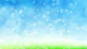 春天defocused天空草迷离,青绿的bokeh自然本底 轻的无缝的抽象亮光背景 皇族释放例证