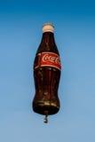 春武里市,泰国- 2009年12月12日:可口可乐气球飞行 免版税库存图片