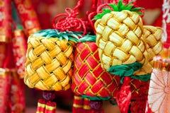 春节装饰品-小组被栓的结 库存照片