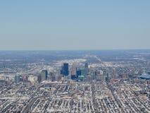 是一个主要城市在明尼苏达在美国米尼亚波尼斯的鸟瞰图,那形成`与邻居的双城` 图库摄影