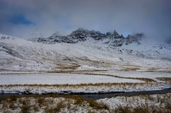 是完全地愉快的听到i,如果图象山感谢使用冬天会您的地方 圣诞节风景在一个晴朗的早晨 库存图片