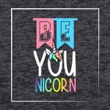 是您nicorn,在桃红色和蓝色光的设计T恤杉的 向量例证