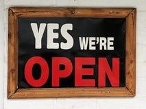 是海报`我们关于开放`的` 库存照片