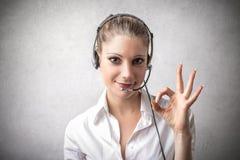 是的妇女电话接线员 免版税库存图片