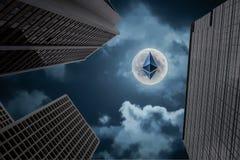 是ethereum隐藏货币和企业大厦的混杂的图象 库存照片