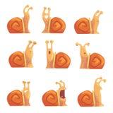 显示不同的情感的滑稽的动画片蜗牛设置了,逗人喜爱的可笑的蜗牛字符传染媒介例证 库存图片