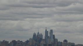 显示云彩和气象中心城市费城的时间间隔录影 股票视频