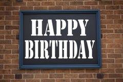 显示公告生日快乐的概念性手文字文本说明启发 周年的Celebratio企业概念 库存照片