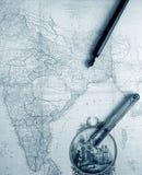 印度的古色古香的地图有老原稿笔的 库存图片