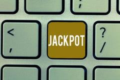 显示困境的文字笔记 陈列在比赛抽奖大奖赌博的企业照片大现金奖相关 免版税库存图片