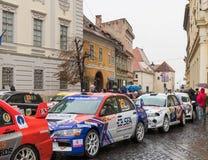 显示在正方形的赛车在大正方形在锡比乌市在罗马尼亚 免版税库存照片