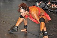 显示她的最好的女性健身兢争者 图库摄影