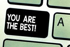 显示您的文本标志是您的质量和能力伟大的技能键盘的最佳的概念性照片欣赏 免版税图库摄影