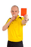 显示您红牌的橄榄球裁判员 库存照片