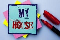 显示我的议院的文字笔记 书面的企业照片陈列的住房家庭住宅物产家庭新的庄园  库存图片