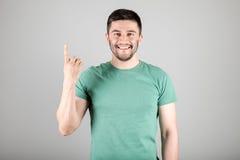 显示数字的人由手指 免版税库存照片