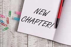 显示新的章节的概念性手文字 企业开始终于某事的照片文本在您创造的目标 库存图片