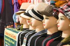 显示时装模特在市场上 免版税库存图片