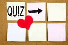 显示测试教育检查概念的测验概念和爱的概念性手文字文本说明启发写在木b 免版税库存图片