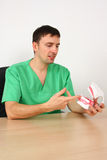 显示牙的大牙科医生设计再生产 免版税库存图片