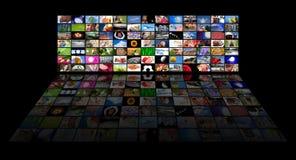 显示电视的电影面板s 免版税库存照片