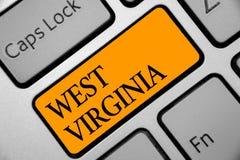 显示西维吉尼亚的概念性手文字 陈列美利坚合众国状态旅行旅游业旅行Histor的企业照片 免版税图库摄影
