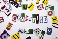 显示计算的概念词文字文本由企业案件的另外杂志报纸信件制成在白色backgr 库存图片